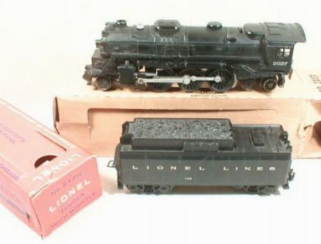 Lionel postwar 2037 steam locomotive