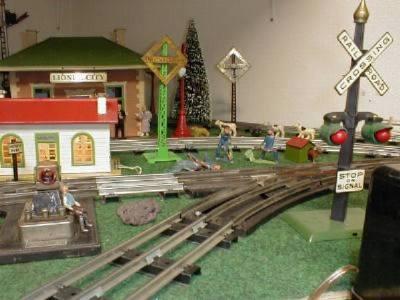 Lionel Standard gauge station