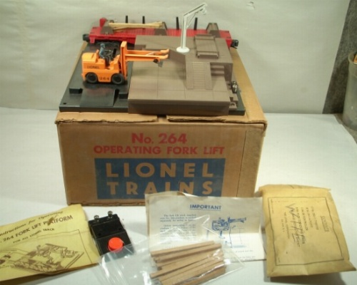 Lionel 264 Operating Forklift